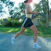 Correr emagrece mais do que jogar futebol