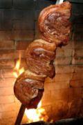 Comer carne de churrasco todo dia, faz mal?
