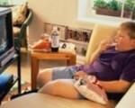 Televisão no quarto aumenta o risco de obesidade